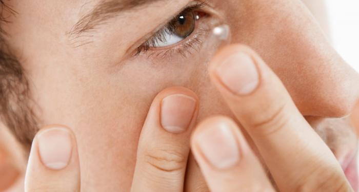 contact-lenses-2